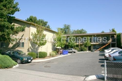 2723 SE Division Street #12 Photo 1