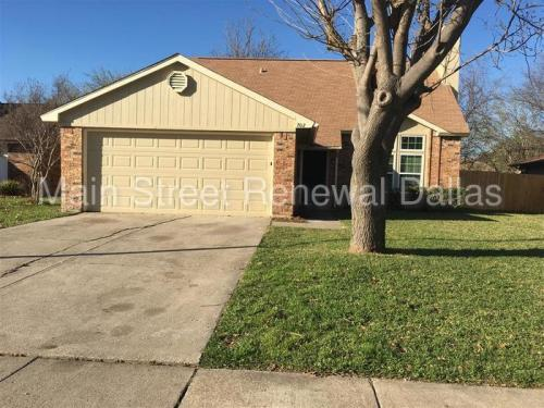 702 Southridge Court Photo 1