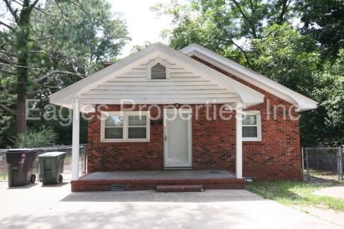 710 E Chestnut Street Photo 1