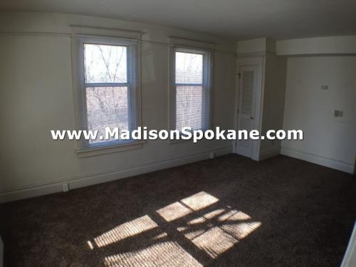 1608 W Main Avenue #4 Photo 1