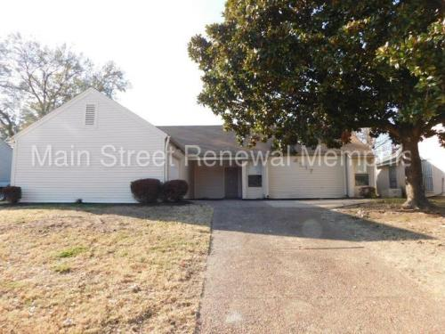 4517 Harvest Hill Road Photo 1