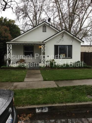 735 Lincoln Street Photo 1