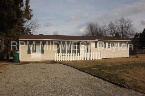 4041 Rosehill Drive Photo 1