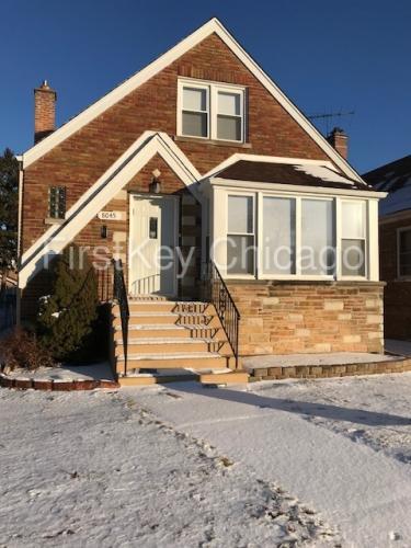 8045 S Albany Avenue Photo 1