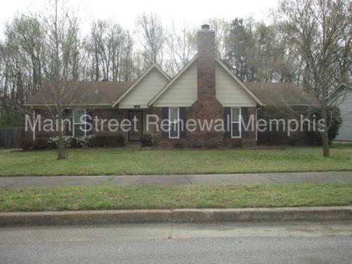 2588 Lynnfield Road Photo 1