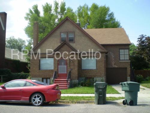 131 N 10th Avenue Photo 1