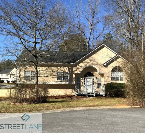 2685 Candler Drive Photo 1
