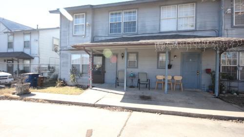 5311 S Pleasant Valley Road Photo 1