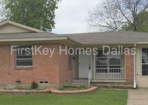 3101 Marydale Road Photo 1