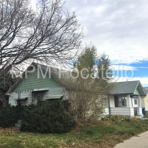 206 Willard Avenue Photo 1