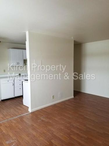 817 W South Street #330 Photo 1