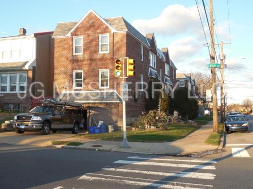 7400 Large Street Photo 1