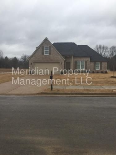 8580 Courtly Circle N Photo 1