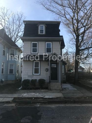 313 Lincoln Street Photo 1