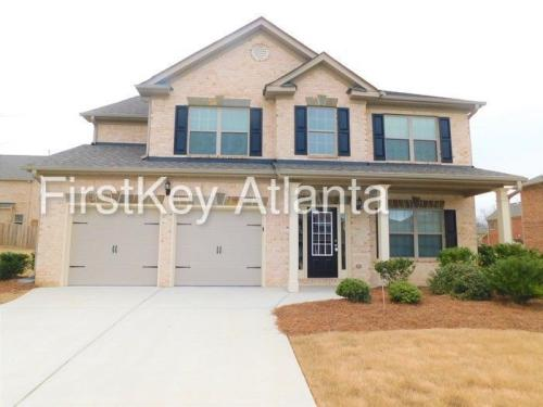 810 Golden Isles Drive Photo 1