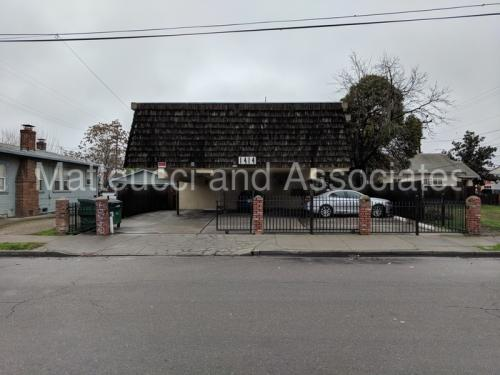 1414 E Oak Street Photo 1