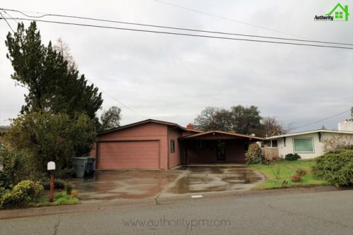 1600 Ridge Drive Photo 1