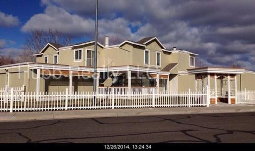 960 Craigmont Drive Photo 1