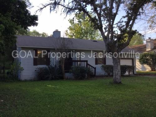 1594 Twin Oak Drive W Photo 1