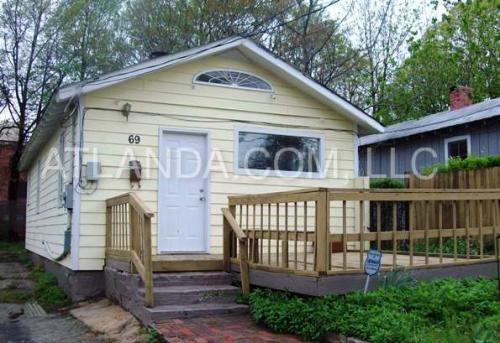 69 Chester Avenue SE Photo 1