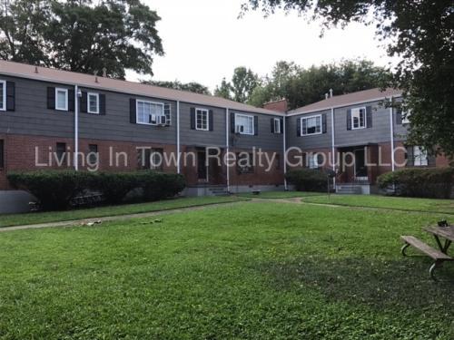 591 Seminole Avenue NE Photo 1