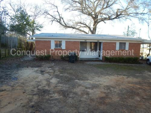 1609 Southpoint Drive Photo 1