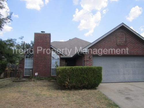4272 Maryanne Place Photo 1