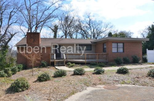 1436 Spring Hill Terrace Photo 1