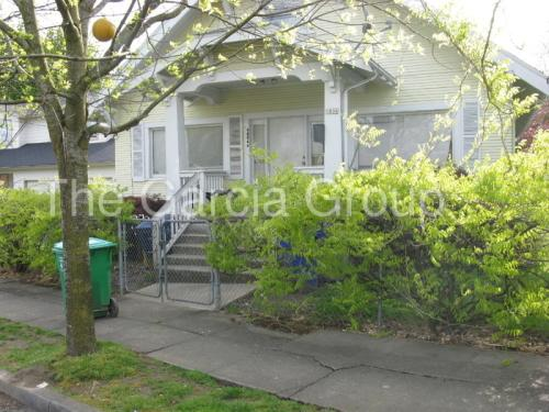 9806 N Midway Avenue Photo 1