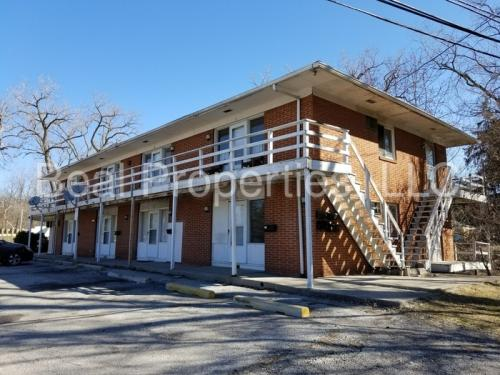 2565 W Bancroft Street #8 Photo 1
