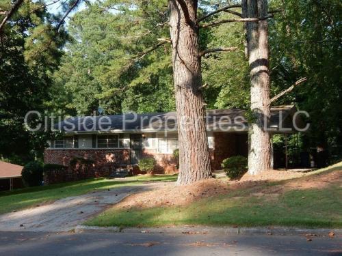 3242 Briarwood Boulevard Photo 1