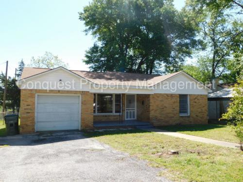 925 Meadow Lane Photo 1