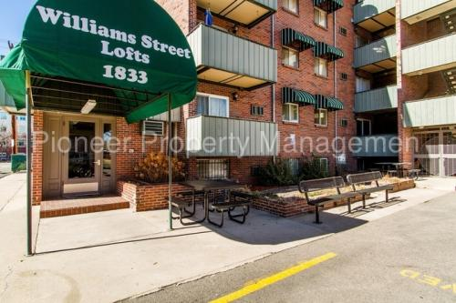 1833 N Williams Street Photo 1
