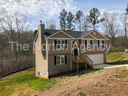 5599 Chestnut Creek Lane Photo 1