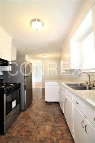 4521 Corbett Street Photo 1