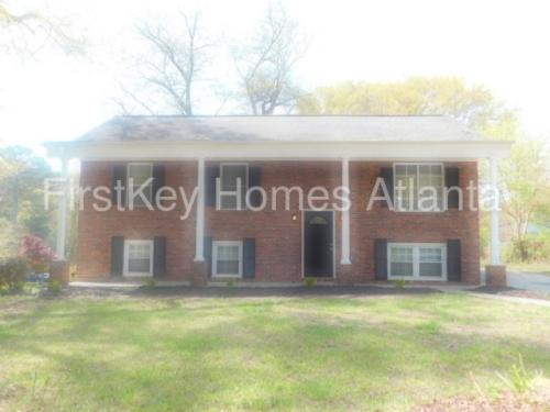 3710 Bakers Ferry Road SW Photo 1