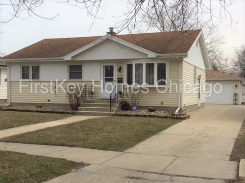 18523 Oak Avenue Photo 1