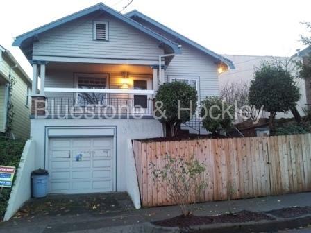 16 SW Meade Street Photo 1