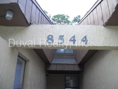 8544 Pineverde Lane Photo 1