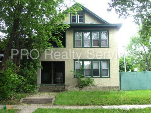 929 Logan Avenue N Photo 1