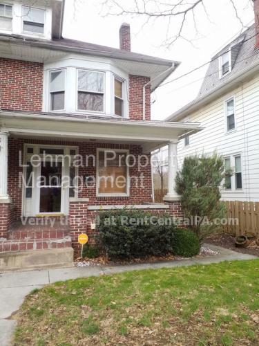 222 E Penn Avenue Photo 1