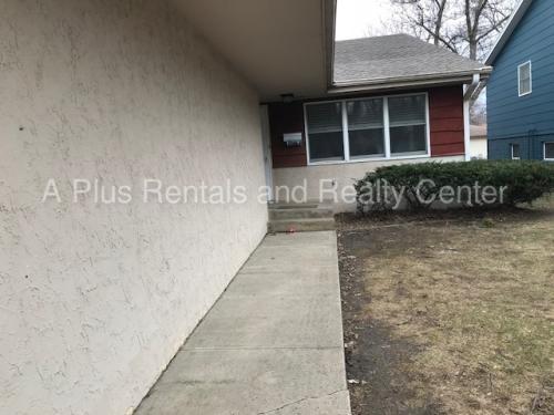 2809 S Phillips Avenue Photo 1