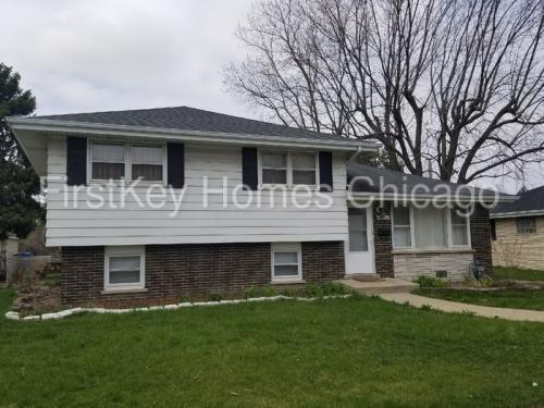 15612 Langley Avenue Photo 1