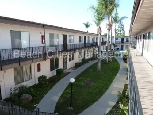 5530 Ackerfield Avenue #312 Photo 1