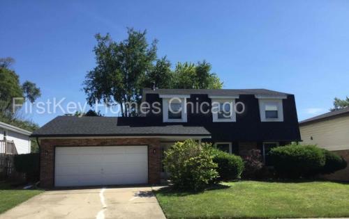 4325 Oakwood Lane Photo 1