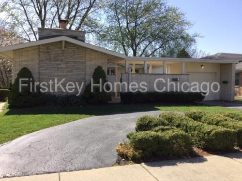 15656 Kimbark Avenue Photo 1