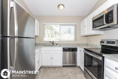 6016 W Desert Cove Avenue Photo 1