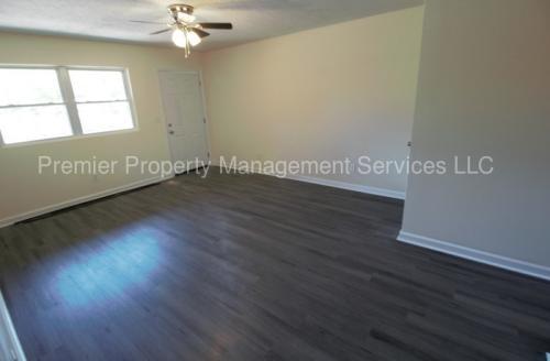 3811 Carpenter Drive Photo 1