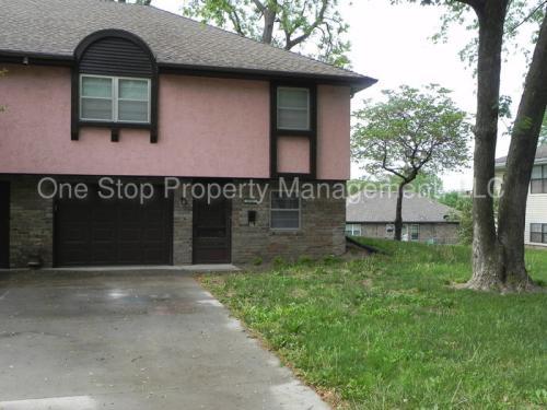 8727 E 60th Terrace Photo 1