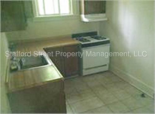 109 W Maple Avenue Photo 1